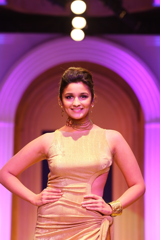 Alia Bhatt as the showstopper at the AZVA show, Day 6 of the India Bridal Fashion Week