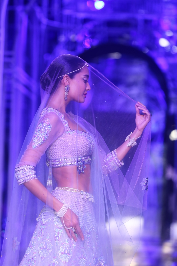 At the India Bridal Fashion Week - Lisa Haydon as the showstopper of Tarun Tahiliani