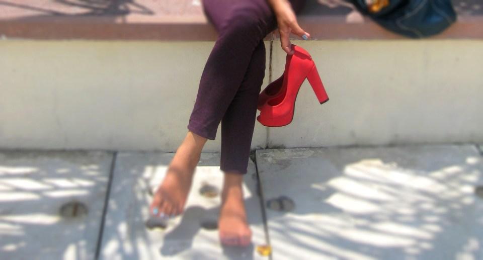 kintyish.com_fashionblog_orangenecklace_greytop_4