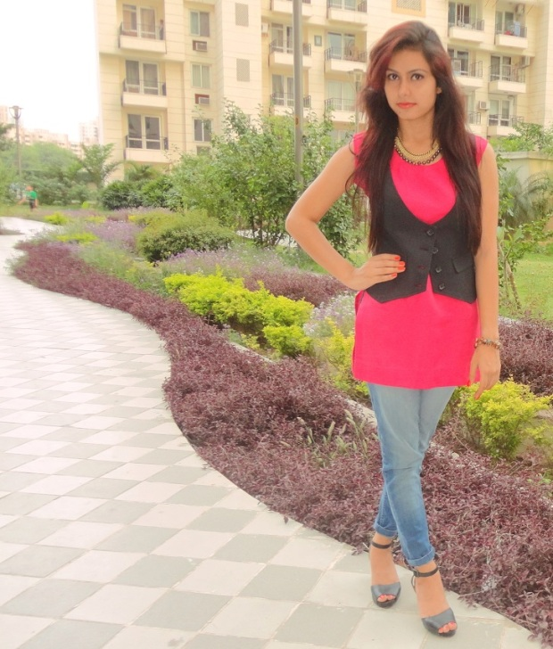 kintyish.com_indian_fashion_blog_pink_kurti_waistcoat_1