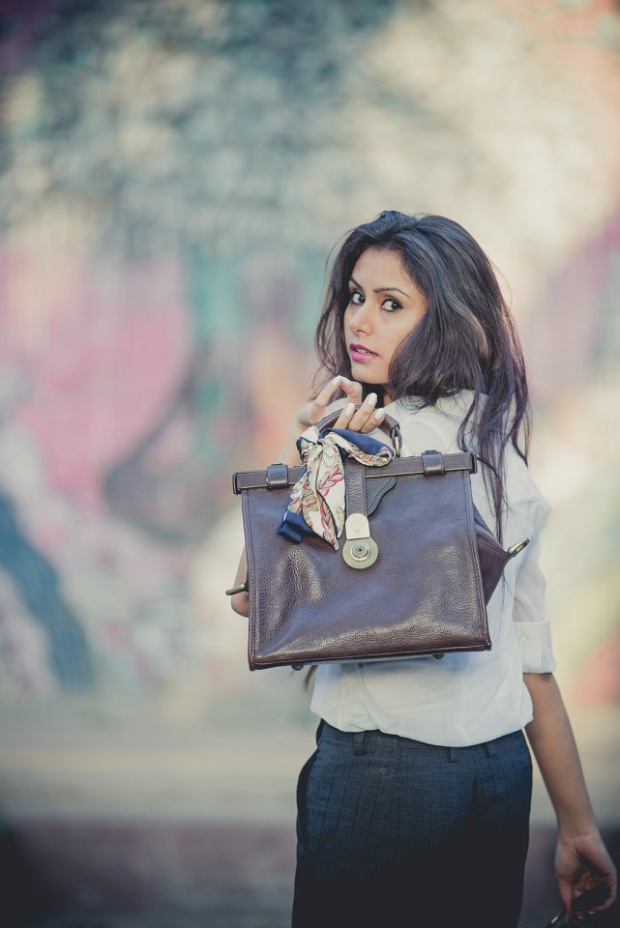 kintyish.com_indian_fashion_blog_hidesign_icon_collection_7