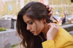 kintyish.com_indian_fashion_blog_himanshi_mukhija_mustard_blazer_5
