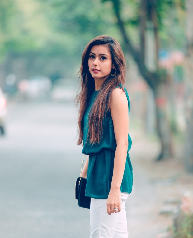 kintyish.com_indian_fashion_blog_green+white_outfit_post_1.3