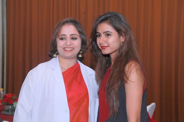 kintyish.com_indianfashionblog_livontalkexperts_tonic_launch_delhi_dr._aparna_Santhanam4