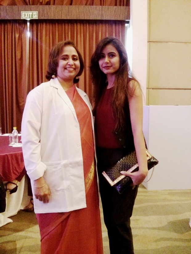 kintyish.com_indianfashionblog_livontalkexperts_tonic_launch_delhi_dr._aparna_Santhanam5