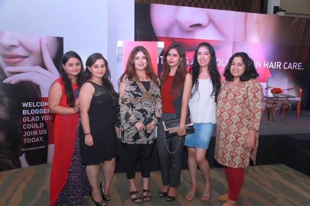 kintyish.com_indianfashionblog_livontalkexperts_tonic_launch_delhi_dr._aparna_Santhanam6