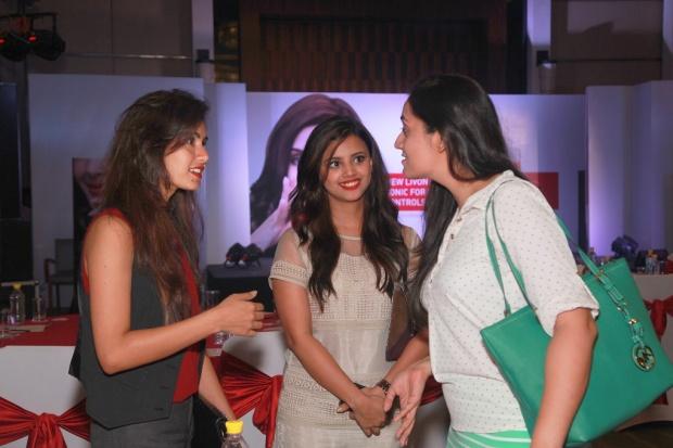 kintyish.com_indianfashionblog_livontalkexperts_tonic_launch_delhi_dr._aparna_Santhanam8