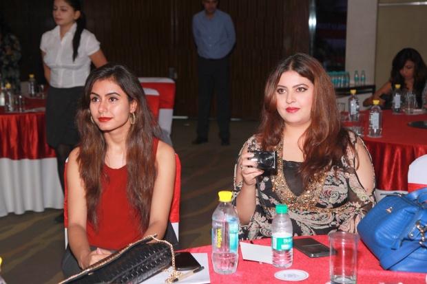 kintyish.com_indianfashionblog_livontalkexperts_tonic_launch_delhi_dr._aparna_Santhanam9