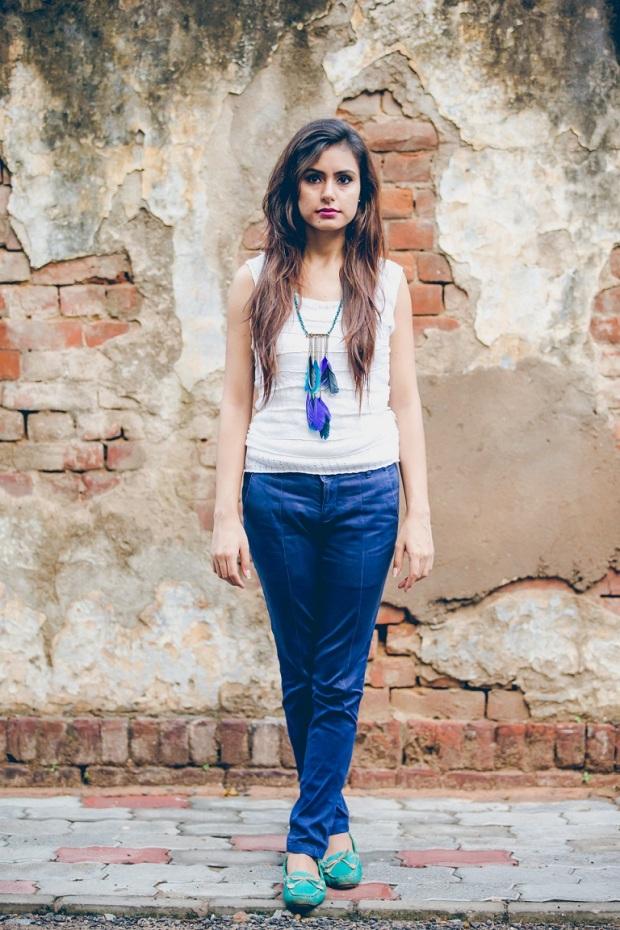 himanshimukhija_kintyish.com_indianfashionblog_feather_post_1.1