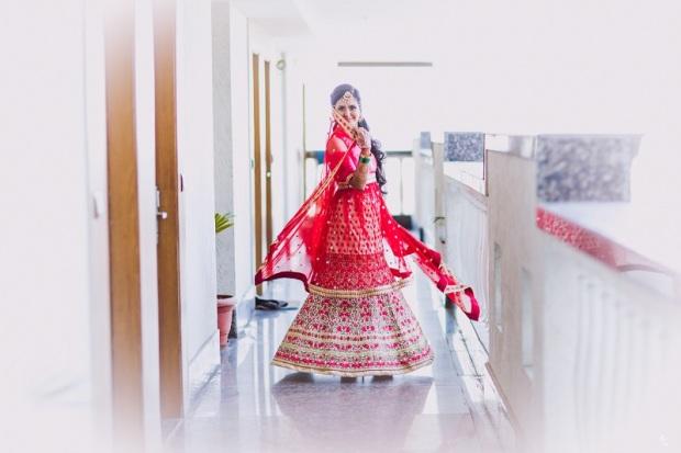 how to curate buy bridal wedding lehenga outfit bridal makeup and jewellery_kintyish.com_indian fashion and lifestyle blog _ himanshi mukhija_22