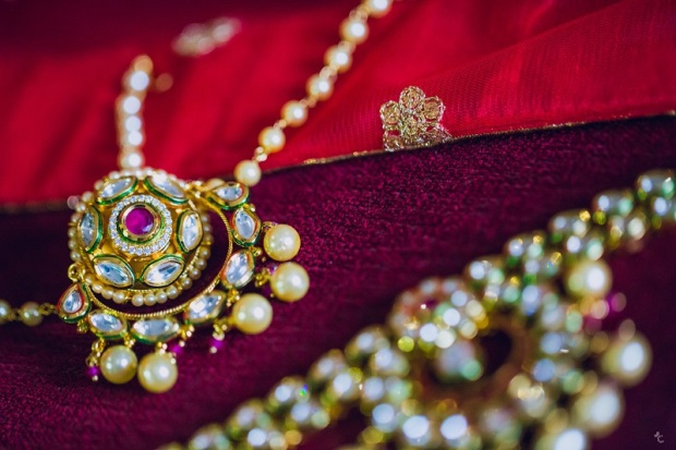 how to curate buy bridal wedding lehenga outfit bridal makeup and jewellery_kintyish.com_indian fashion and lifestyle blog _ himanshi mukhija_4