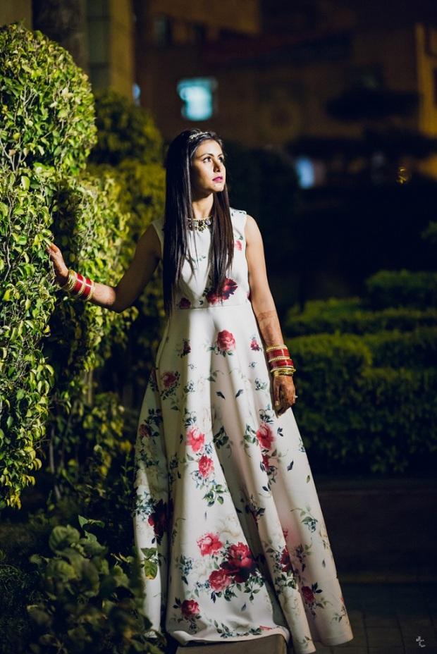 indian fashion blogger himanshi mukhija kintyish wedding gown reception outfit tiara princess gown_7