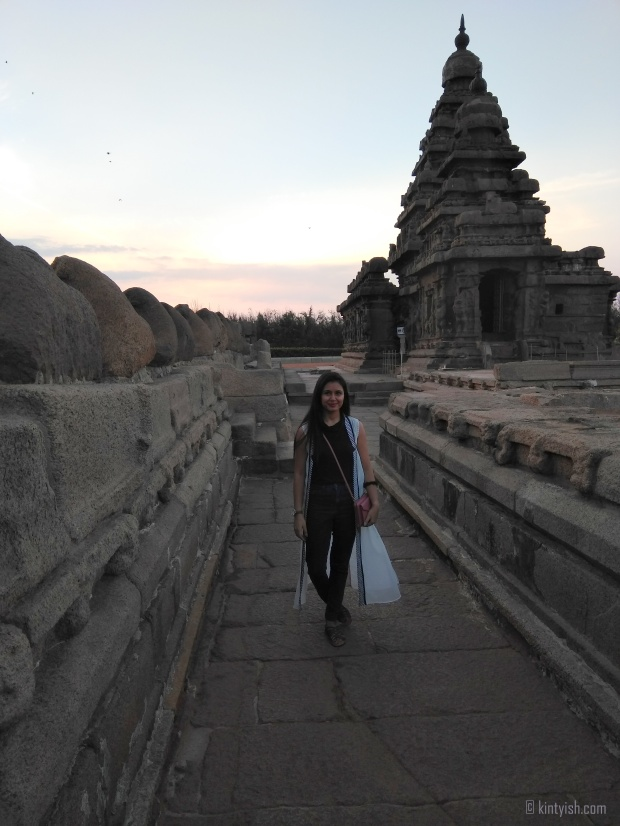 Chennai Mahabalipuram Travel Blog _ Kintyish.com_top best Indian fashion lifestyle travel blog blogger Himanshi Mukhija_9 Mahabalipuram Shore Temple Sunrise and Birds Silhoutte